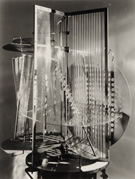 http://aukcio.perlensis.com/components/com_simpleauction/images/s2781_Moholy-Nagy-k.jpg